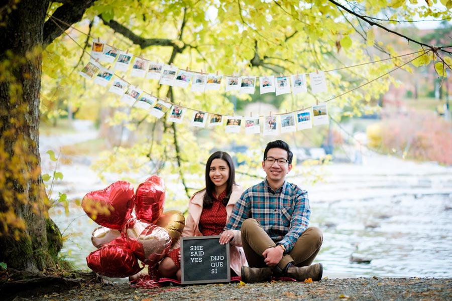 engaged-couple-in-bowring-park