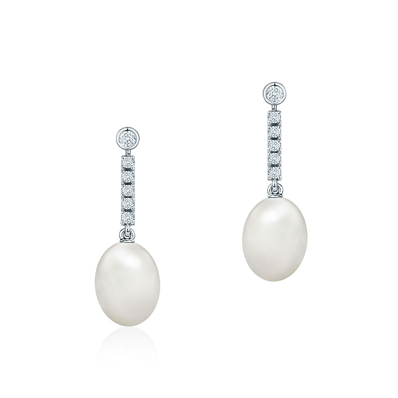 Freshwater Pearl and Diamond Drop Earrings | Birks Splash Collection